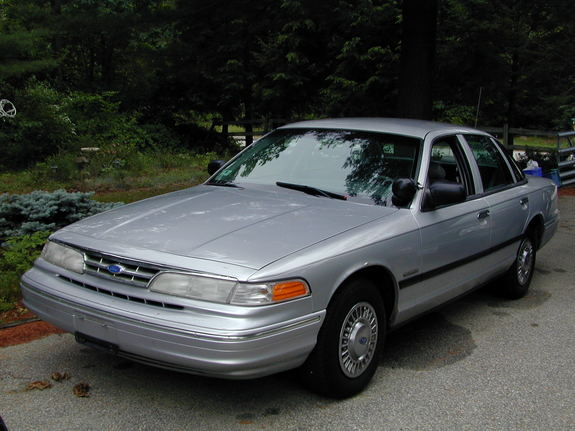 1997 Ford Crown Victoria #23
