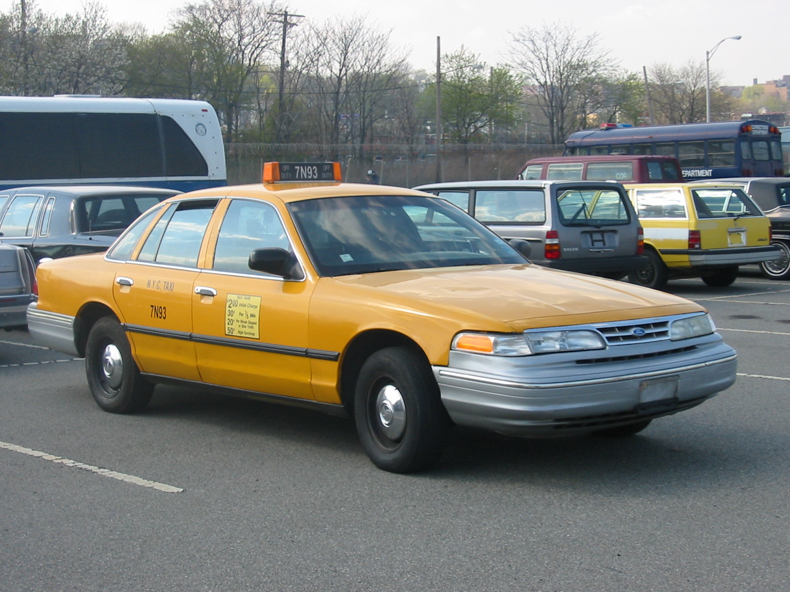 1997 Ford Crown Victoria #24