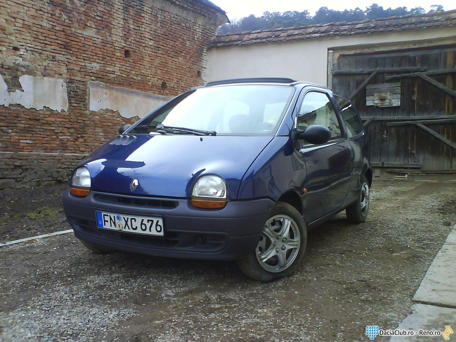 1997 renault twingo photos informations articles. Black Bedroom Furniture Sets. Home Design Ideas