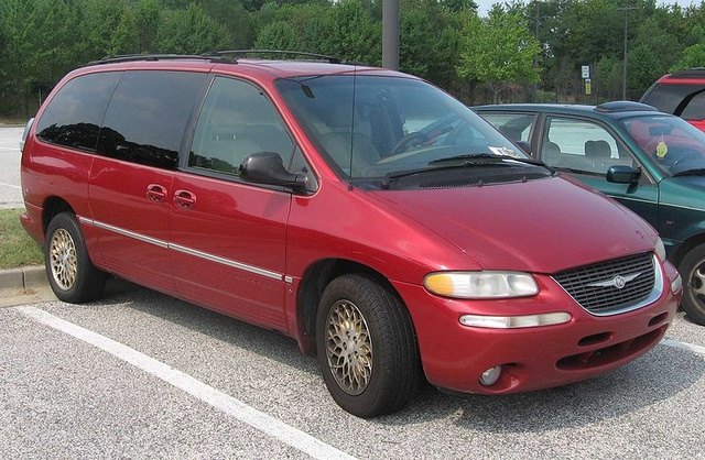 1998 Chrysler Town And Country #17