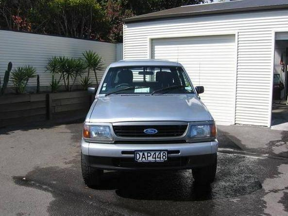 1998 Ford Courier #21