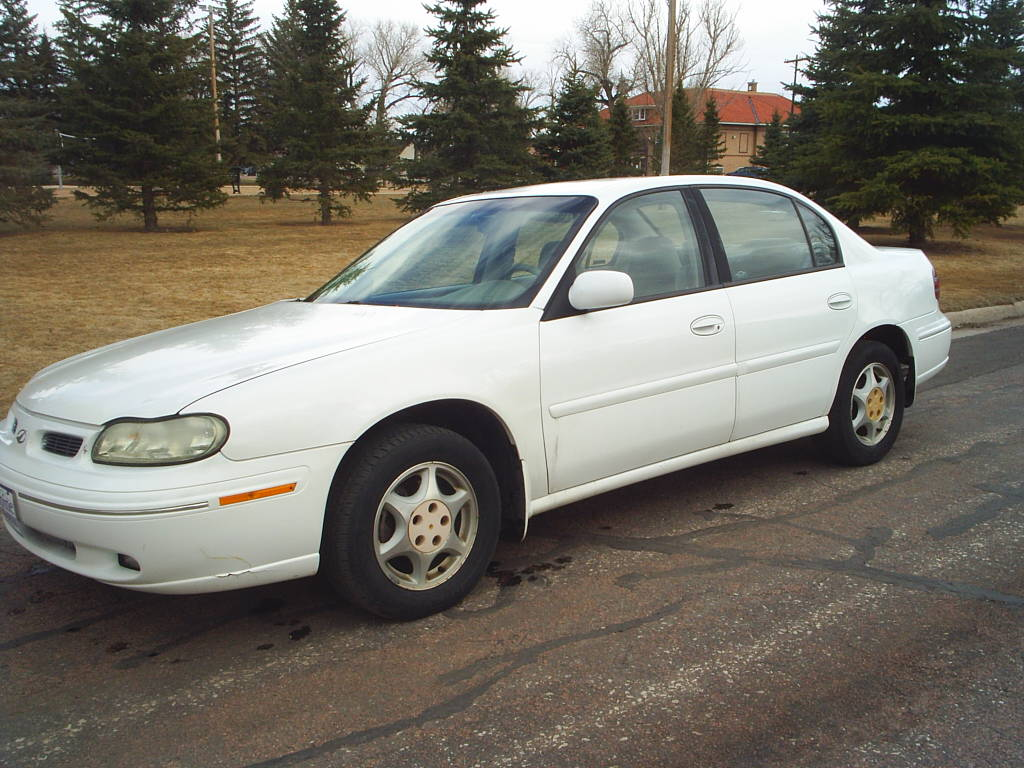 1998 Oldsmobile Cutlass #19