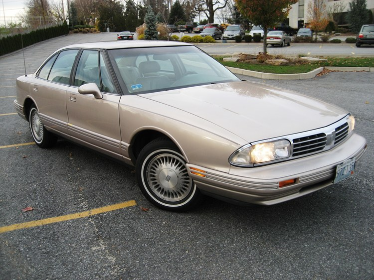 1998 Oldsmobile Regency #16