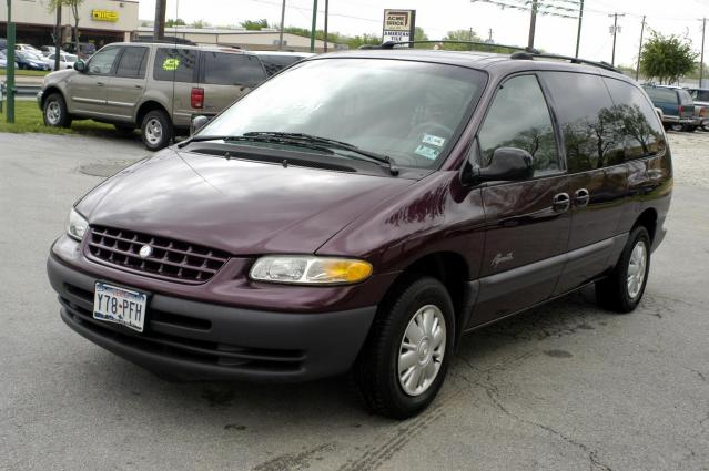 1998 Plymouth Grand Voyager #16