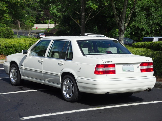 1998 Volvo S90 Photos, Informations, Articles - BestCarMag.com
