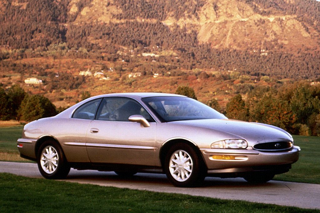 1993 buick regal with 1999 Buick Riviera on 1998 Buick Lesabre Truck 1 furthermore Buick Enclave 3 6 2010 Specs And Images moreover 1999 Buick Riviera further Model furthermore 1980s Cars.