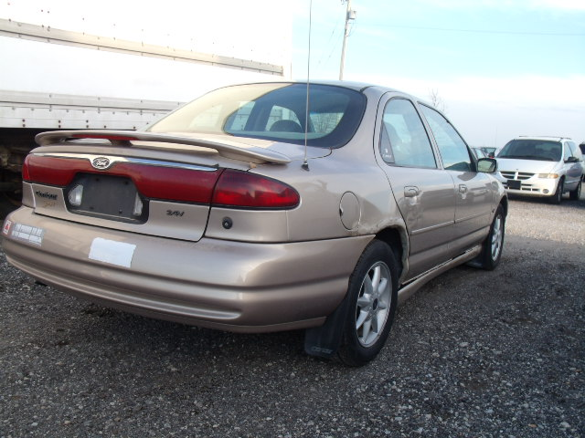 1999 Ford Contour #15