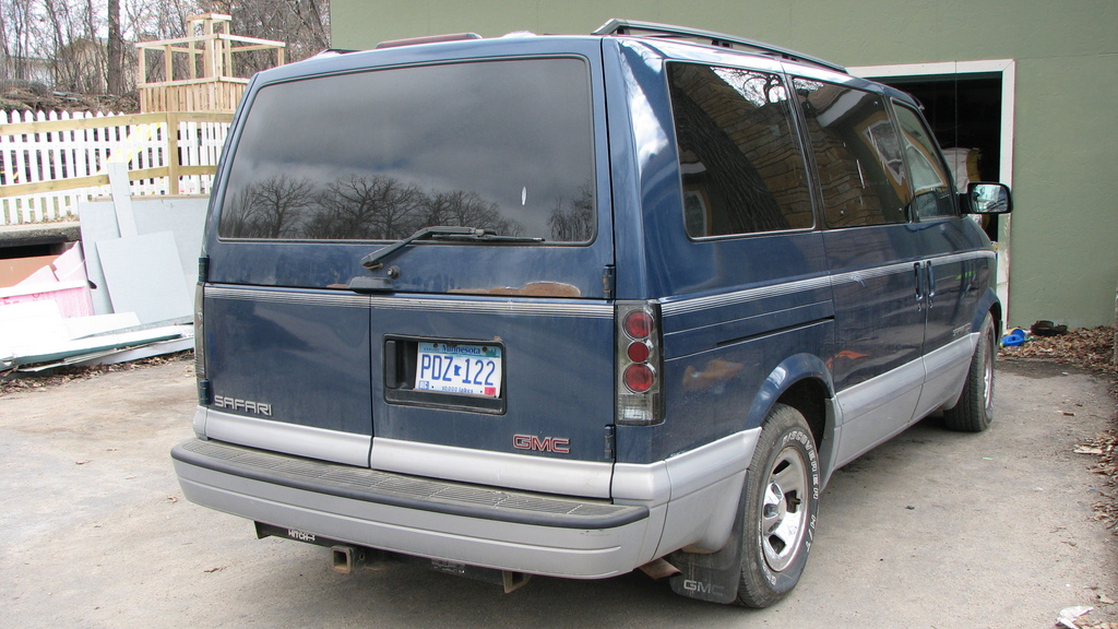 1999 GMC Safari #20