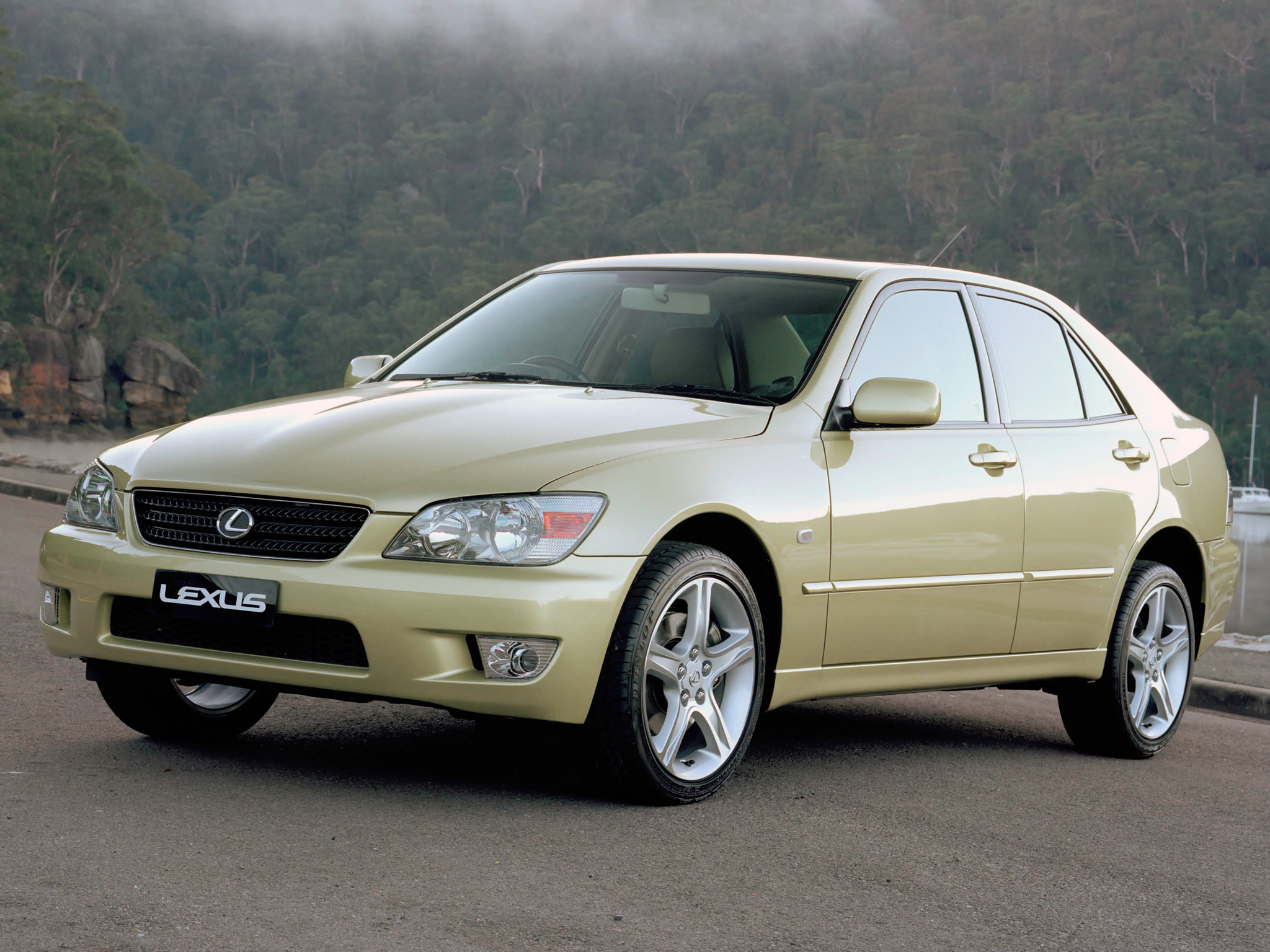 1999 Lexus IS #18