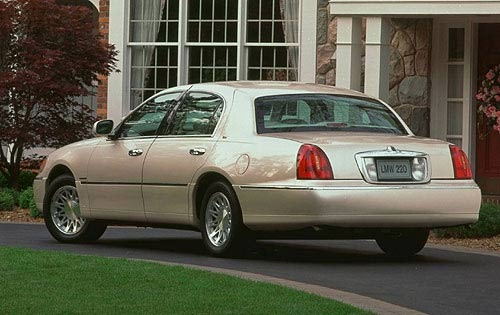 1999 lincoln town car photos informations articles. Black Bedroom Furniture Sets. Home Design Ideas