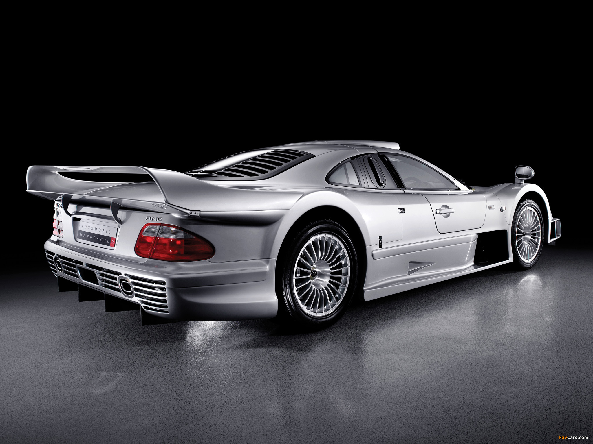 1999 mercedes benz clk gtr photos informations articles. Black Bedroom Furniture Sets. Home Design Ideas