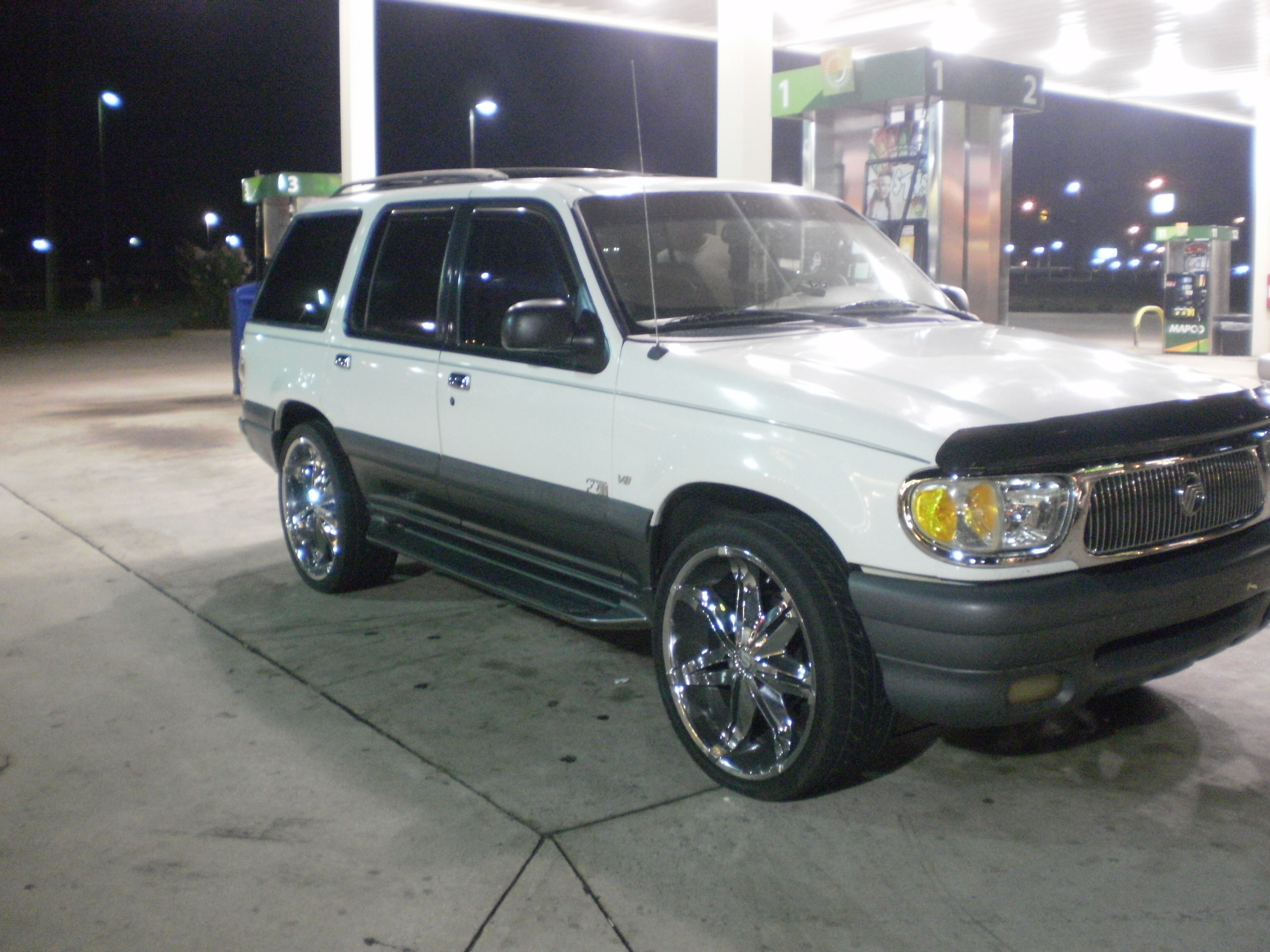 1999 Mercury Mountaineer #17