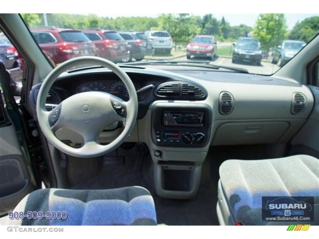 1999 Plymouth Voyager #16