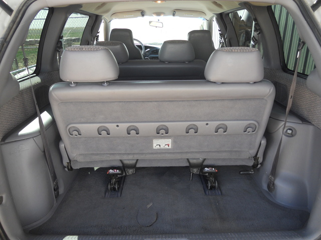 1999 Plymouth Voyager #18