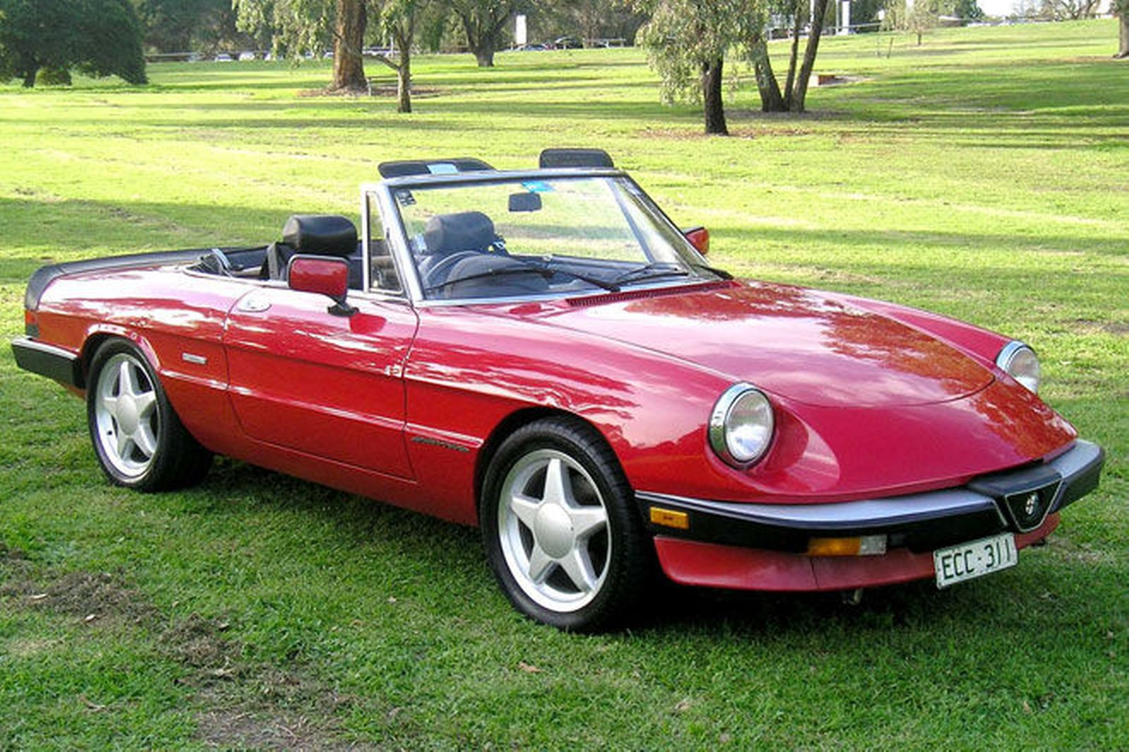 2000 alfa romeo spider photos informations articles. Black Bedroom Furniture Sets. Home Design Ideas