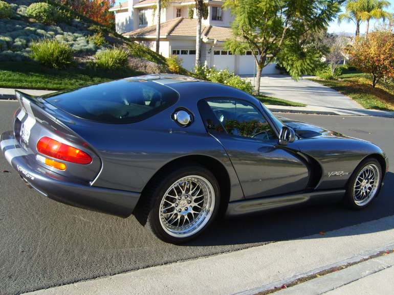 2000 Chrysler Viper #17