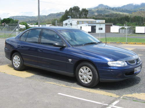 2000 Holden Commodore #20