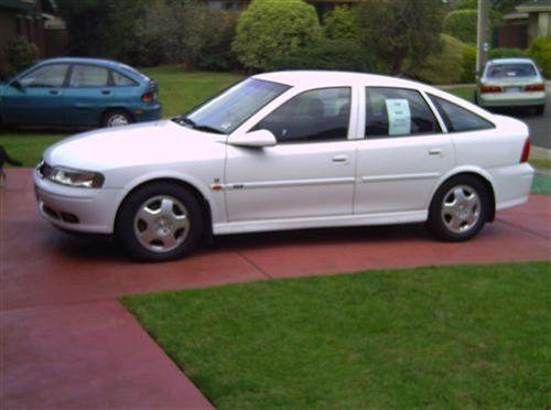 2000 Holden Vectra #13