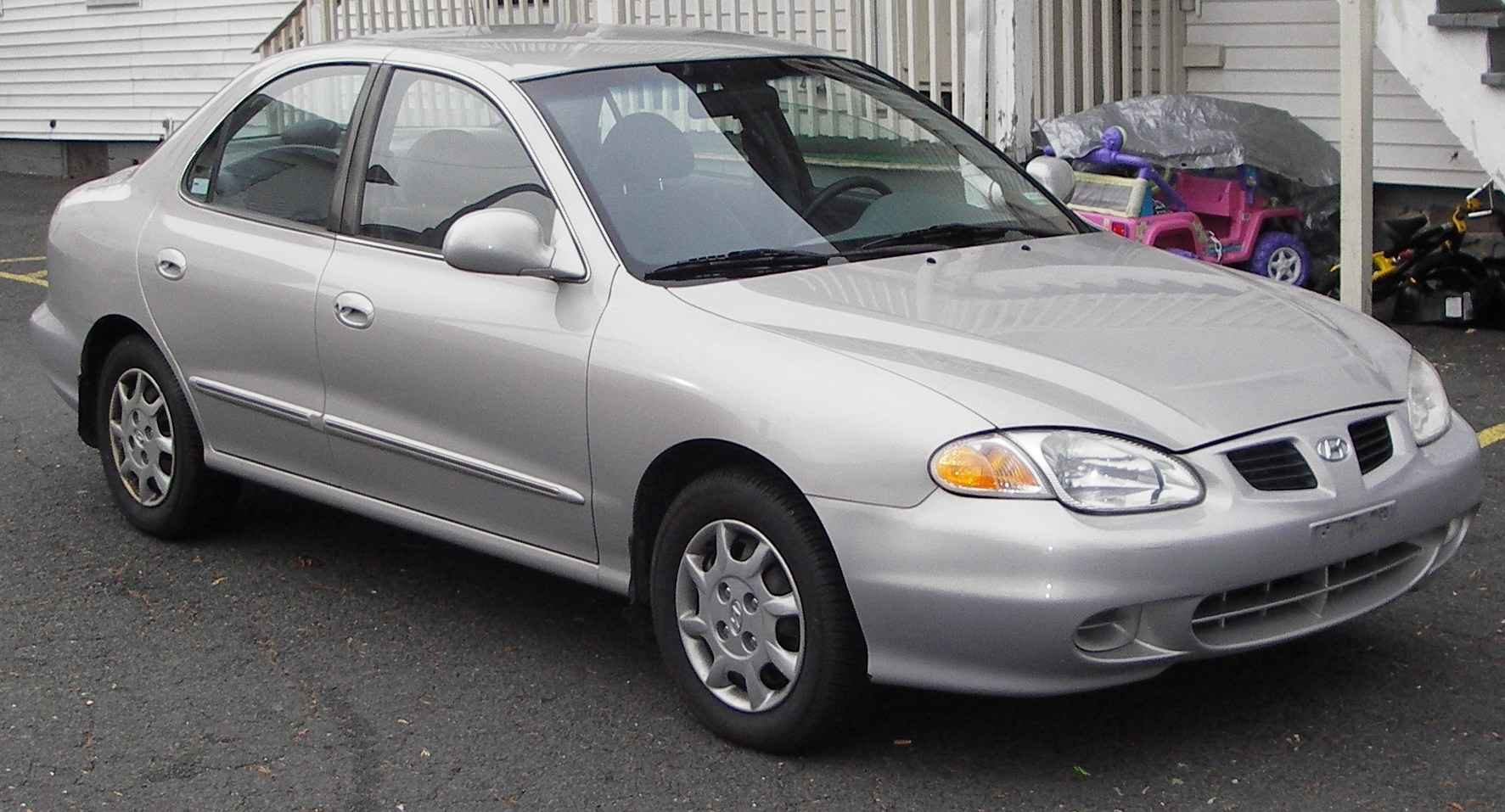 2000 Hyundai Elantra Photos Informations Articles Bestcarmag Com