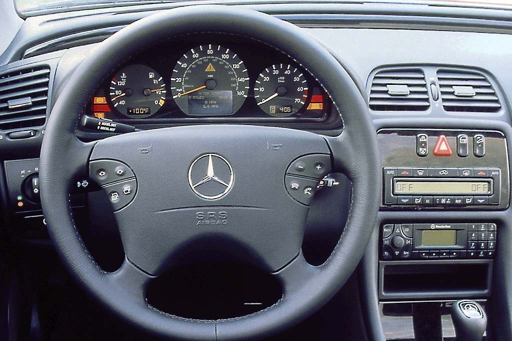 2000 Mercedes-Benz CLK #20