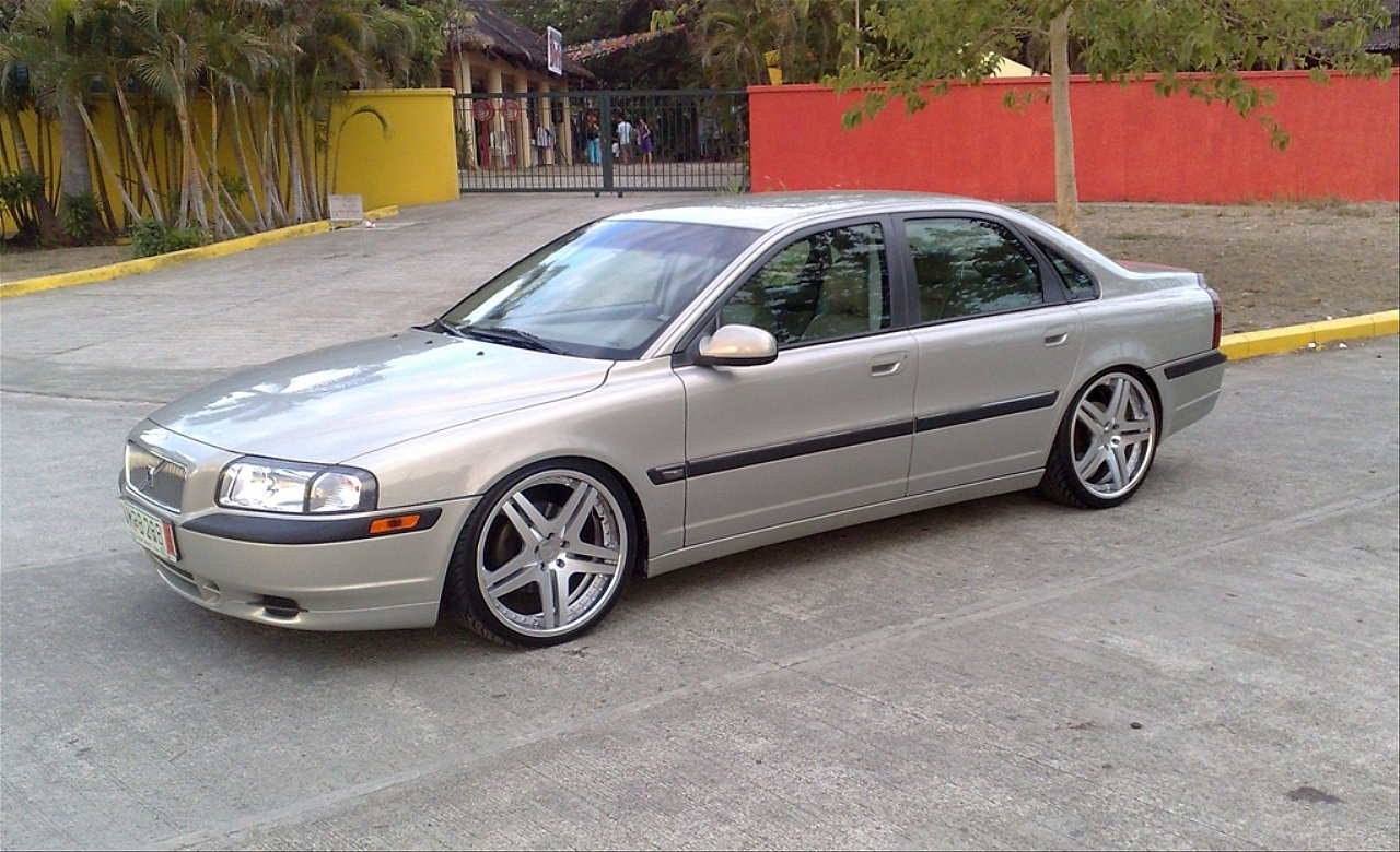 2000 volvo s80 photos informations articles. Black Bedroom Furniture Sets. Home Design Ideas