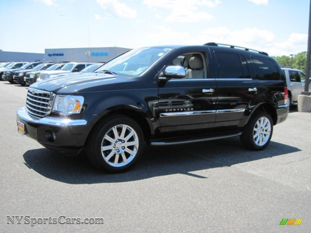 2007 Chrysler Aspen #17