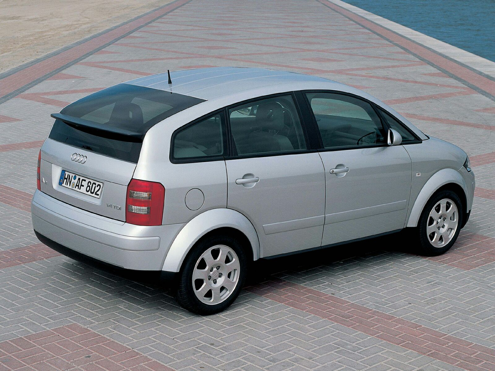 2001 audi a2 photos informations articles. Black Bedroom Furniture Sets. Home Design Ideas