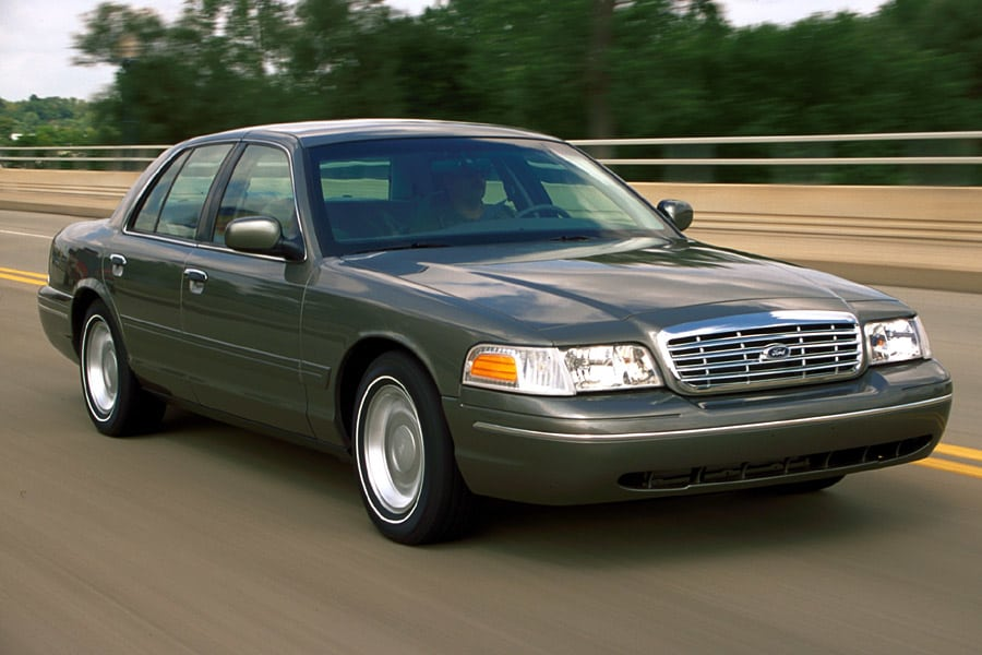 2001 Ford Crown Victoria #22