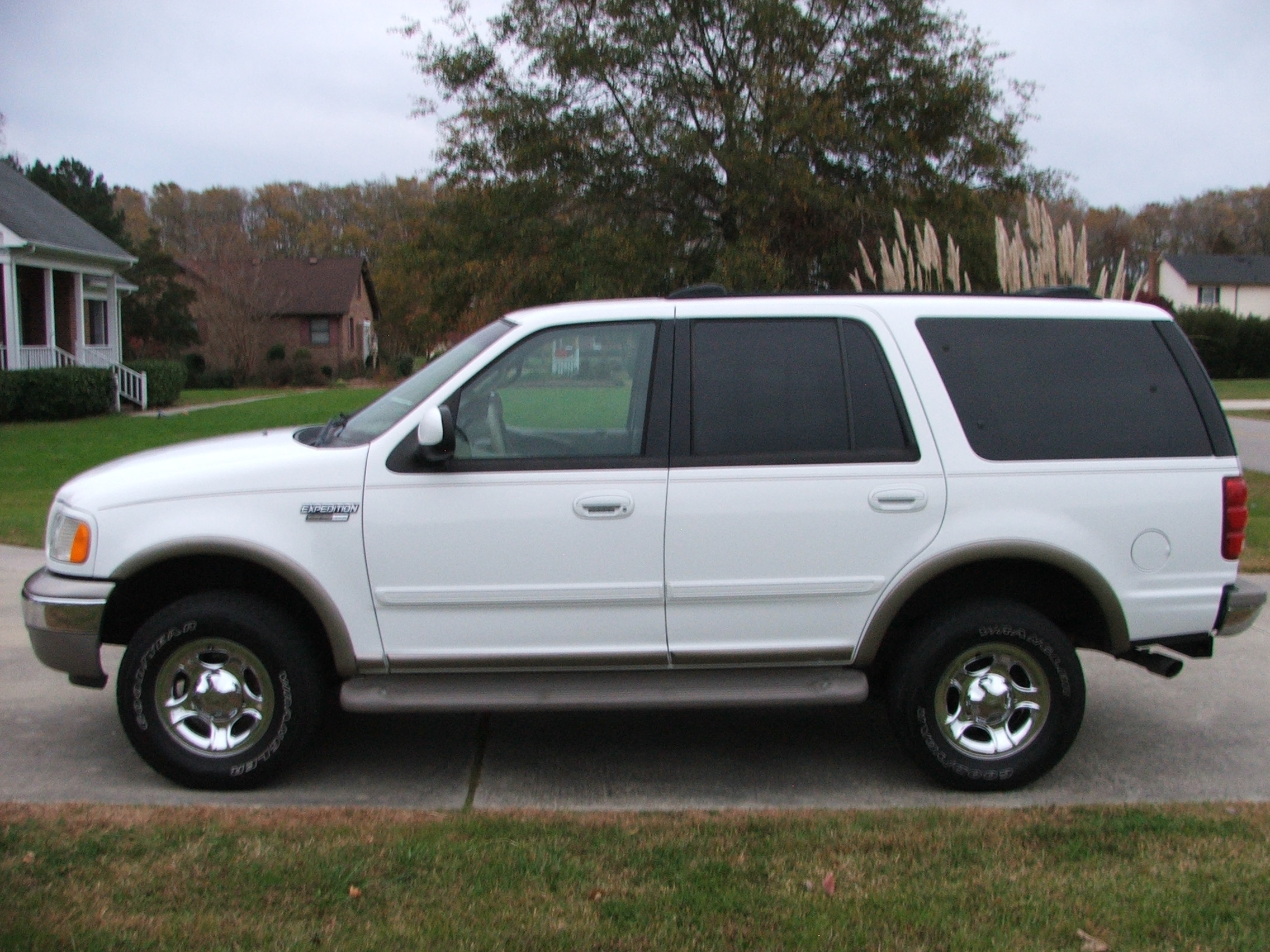 2001 Ford Expedition #19