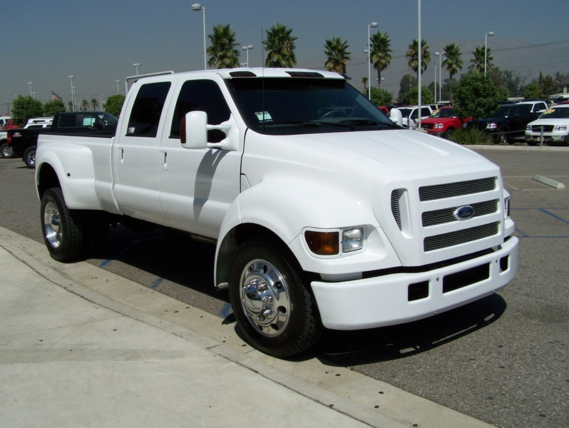 2001 Ford F-650 #16