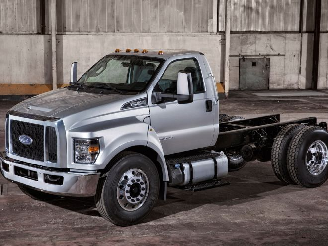 2001 Ford F-650 #20