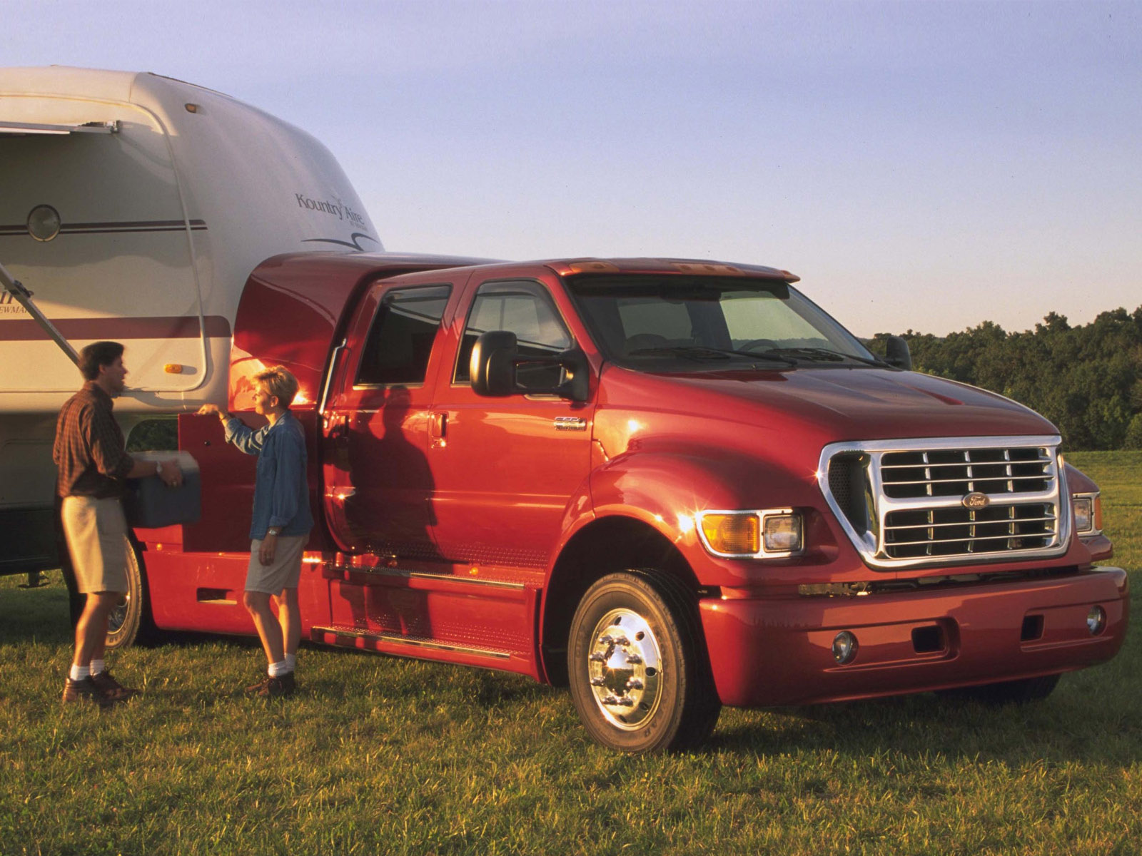 2001 ford f 650 photos informations articles. Black Bedroom Furniture Sets. Home Design Ideas