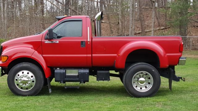 2001 Ford F-650 #24
