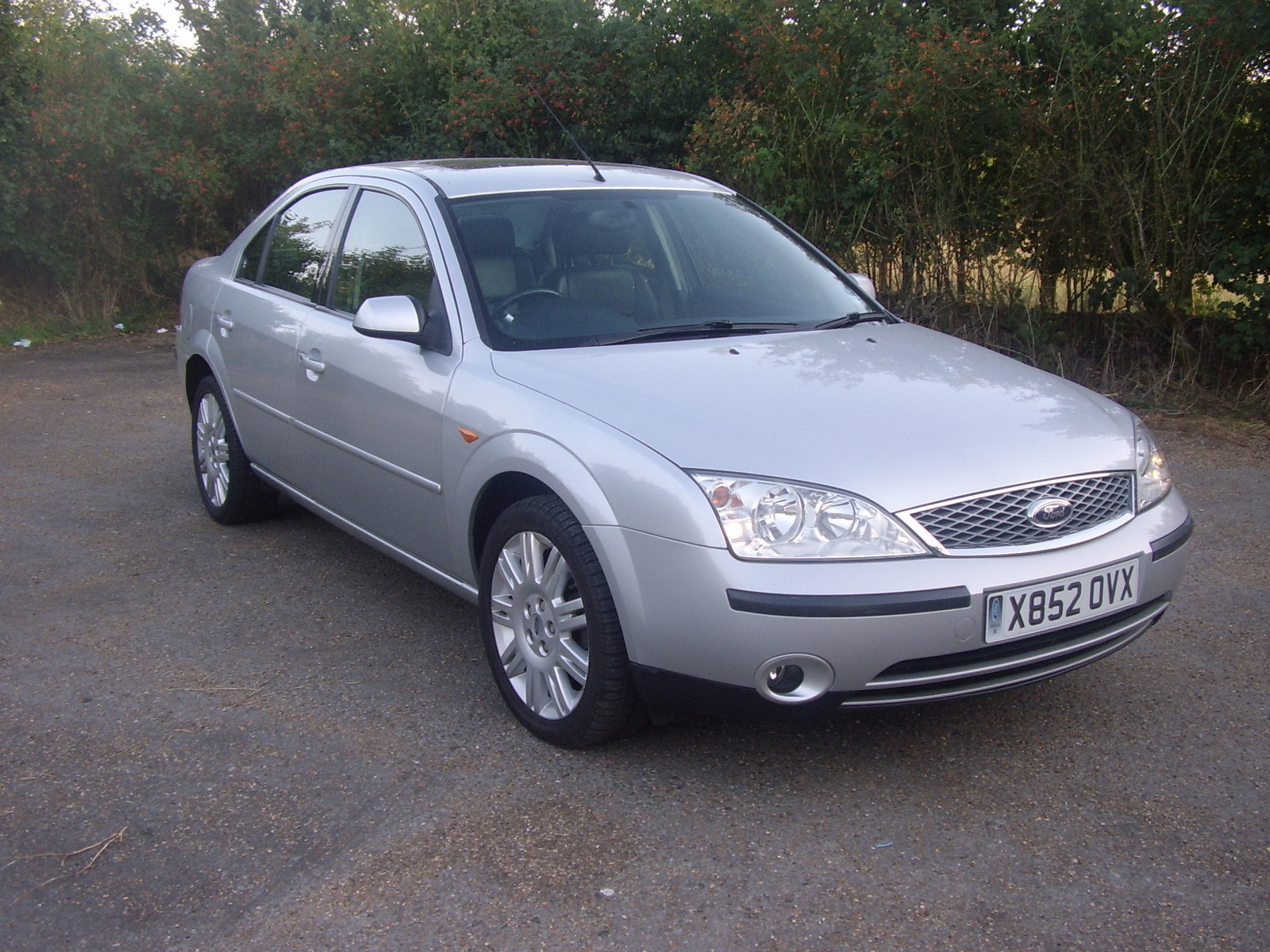 2001 Ford Mondeo #16
