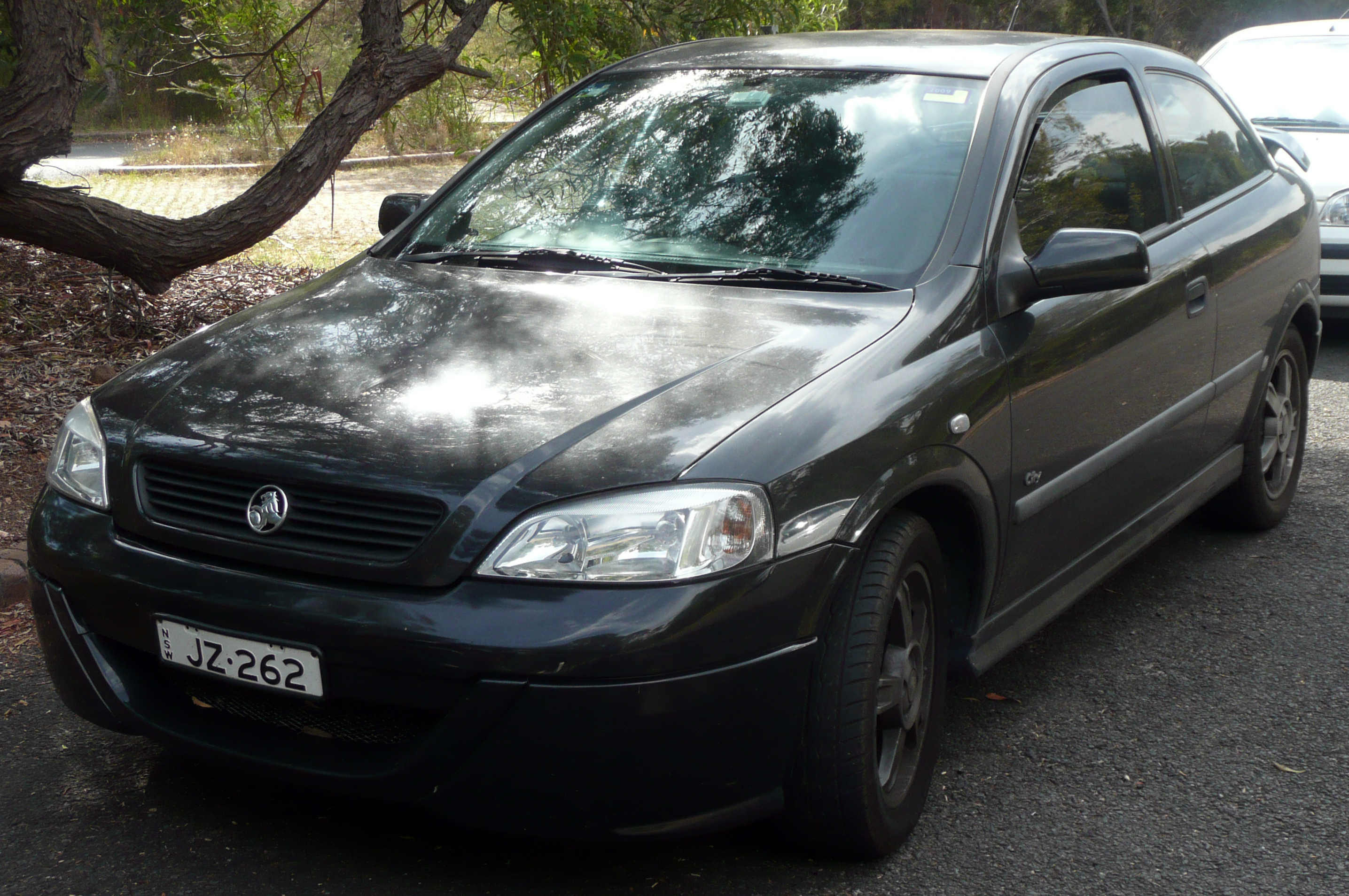 2001 Holden Astra Photos Informations Articles