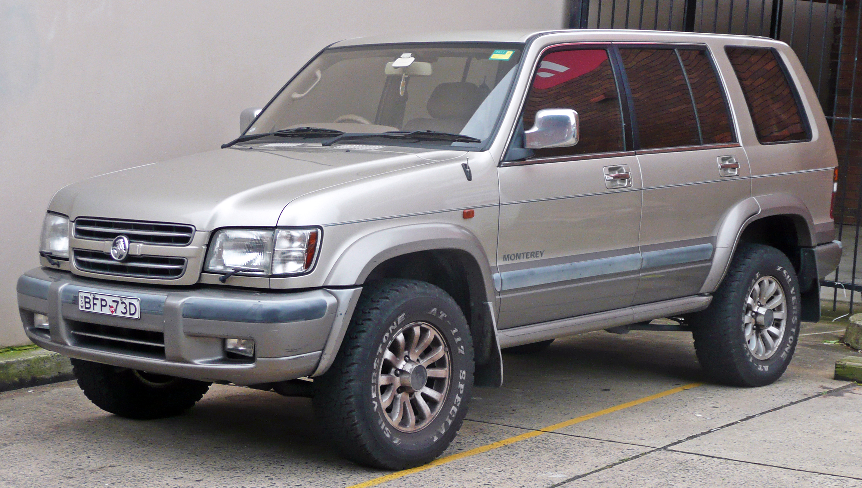 2001 Isuzu Trooper #11