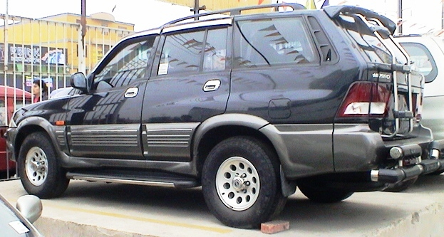 2001 Ssangyong Musso #20