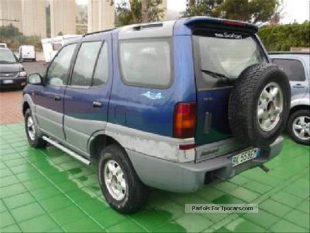 2001 Tata Safari #17