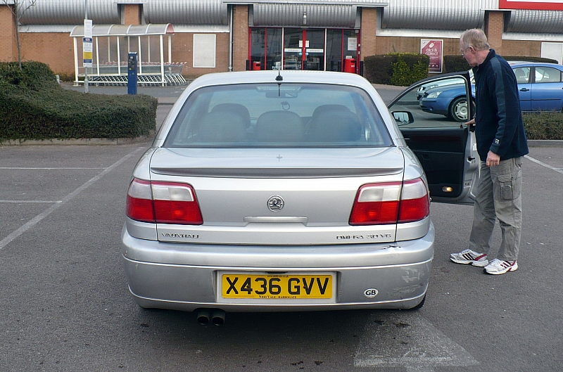 2001 Vauxhall Omega Photos Informations Articles Bestcarmag