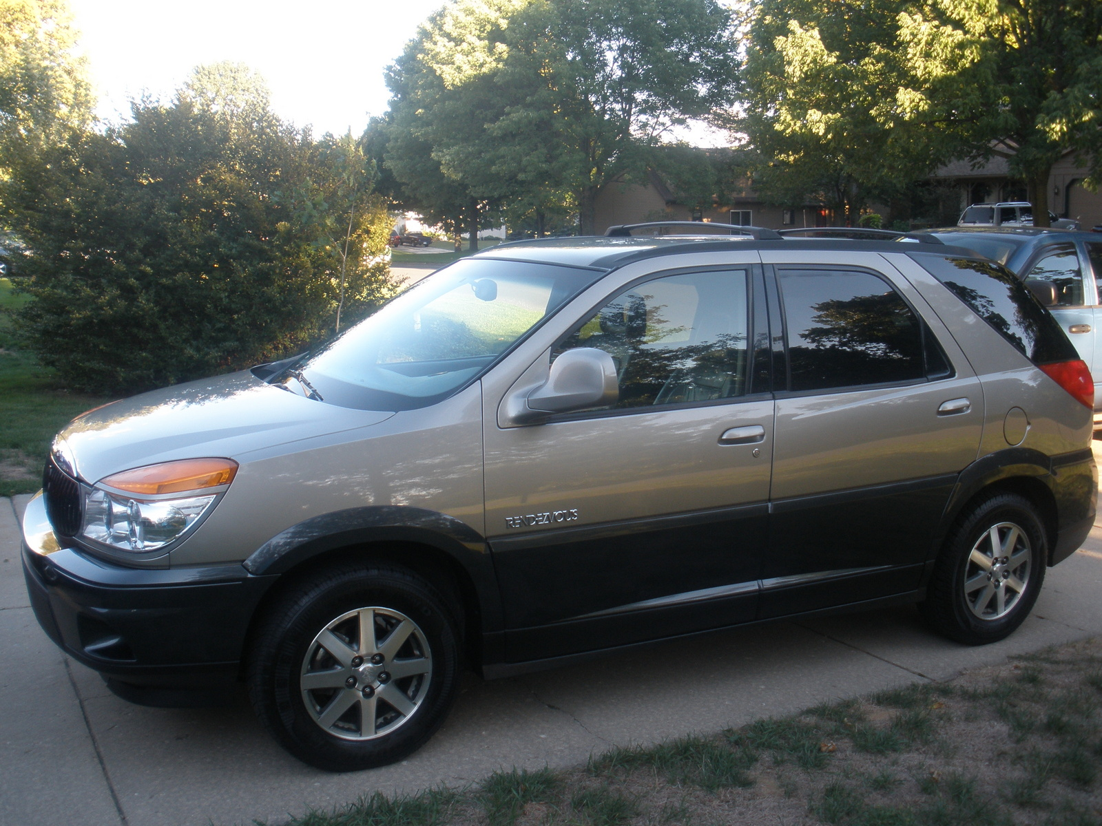 2002 Buick Rendezvous Photos Informations Articles