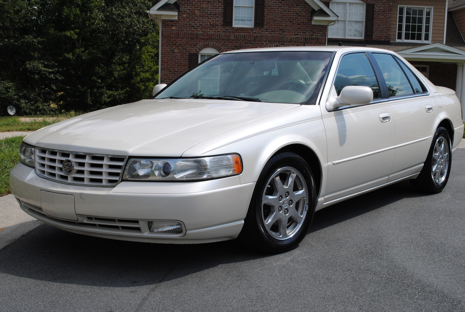 2002 Cadillac Seville Photos Informations Articles