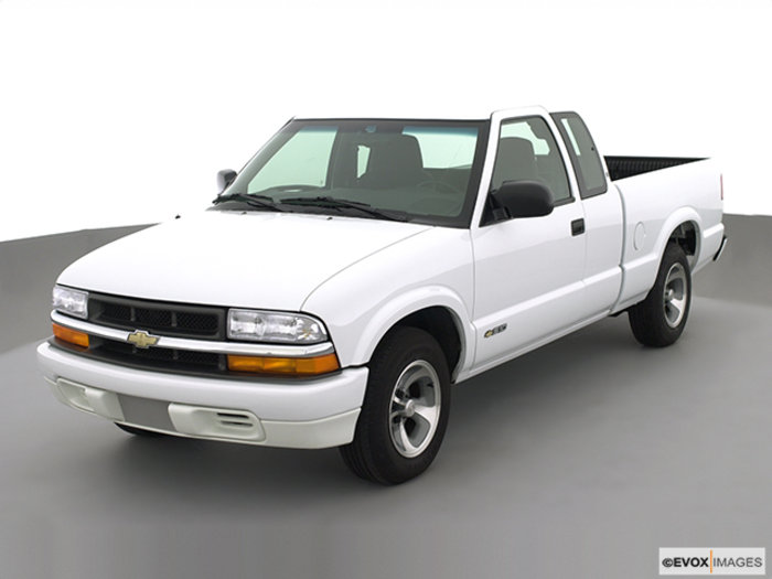 2002 chevrolet s 10 photos informations articles. Black Bedroom Furniture Sets. Home Design Ideas