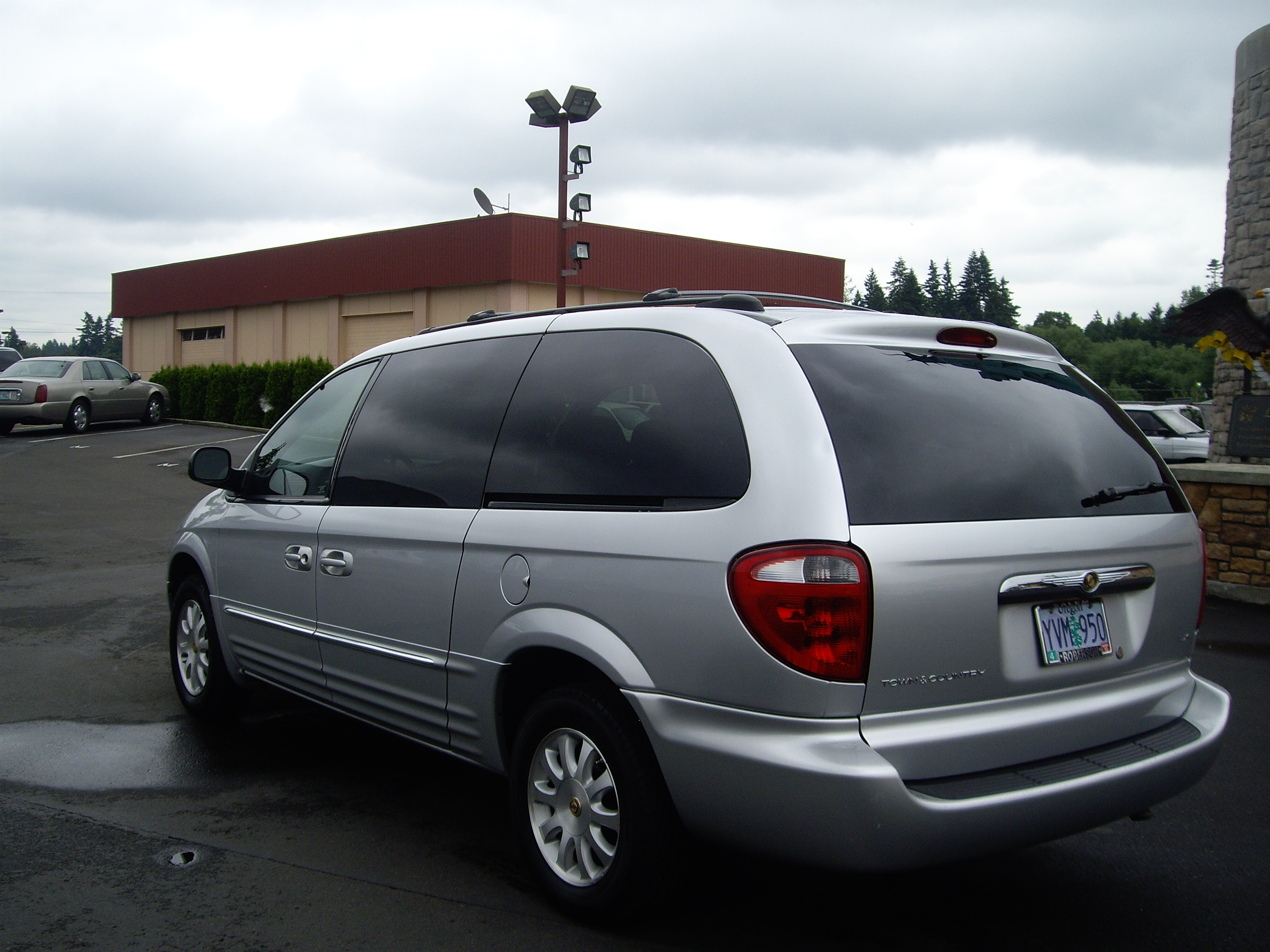 2002 Chrysler Town And Country #16
