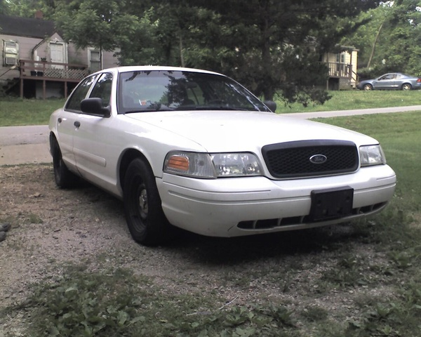 2002 Ford Crown Victoria #19