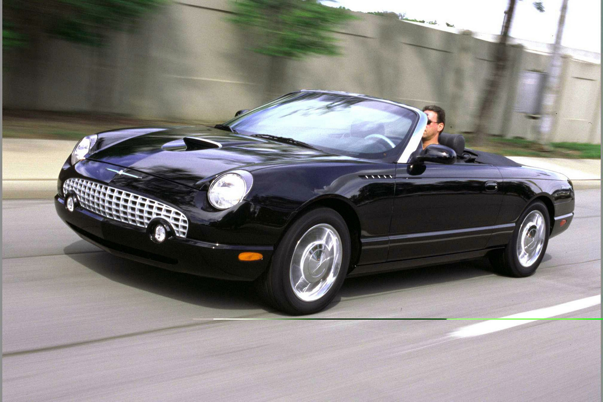 2002 Ford Thunderbird #13