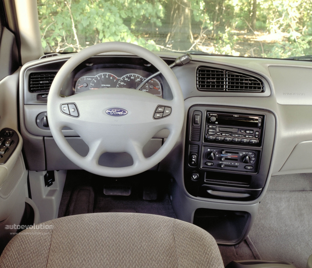 2002 Ford Windstar #21