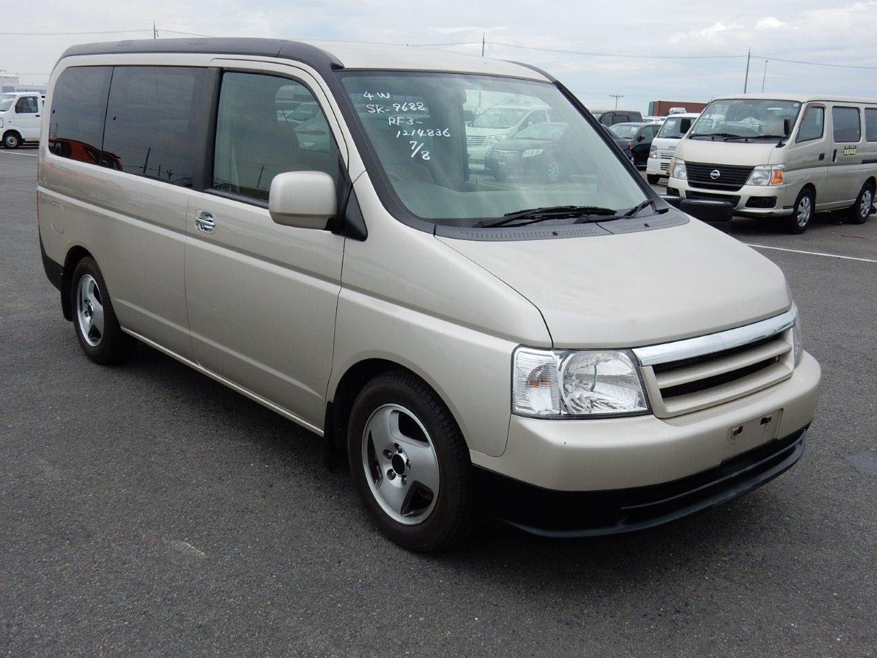2002 Honda Step Wagon #19
