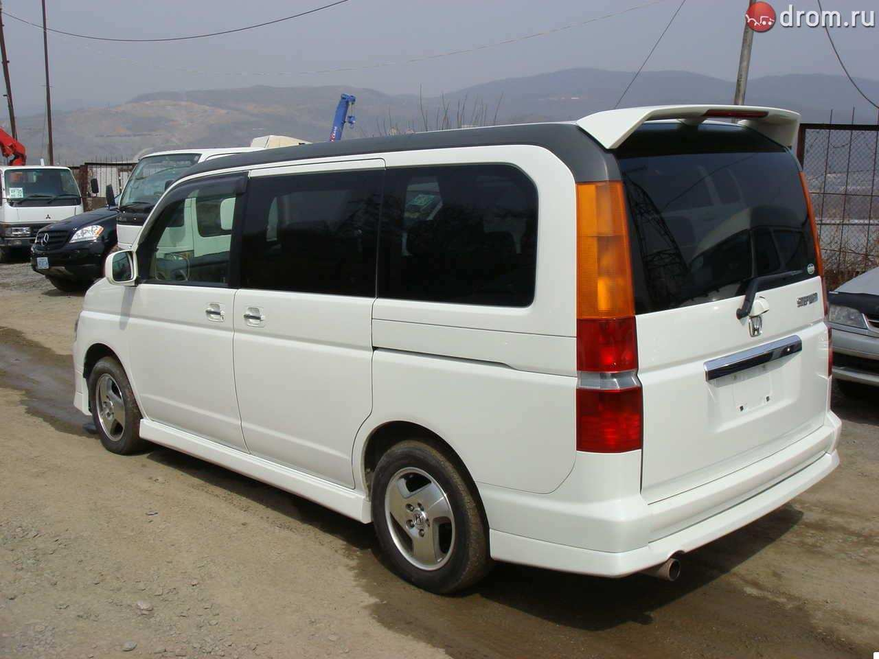 2002 Honda Step Wagon #16