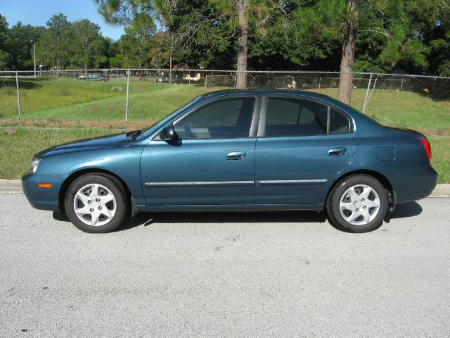 2002 hyundai elantra photos informations articles bestcarmag com 2002 hyundai elantra photos