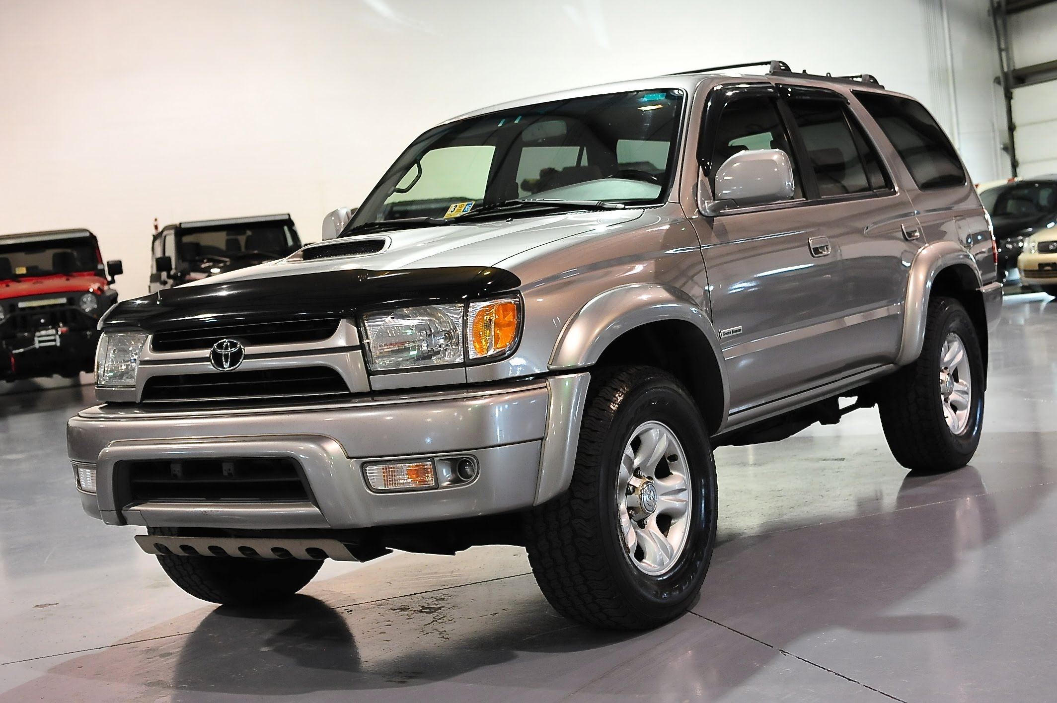 2002 toyota 4runner photos informations articles. Black Bedroom Furniture Sets. Home Design Ideas